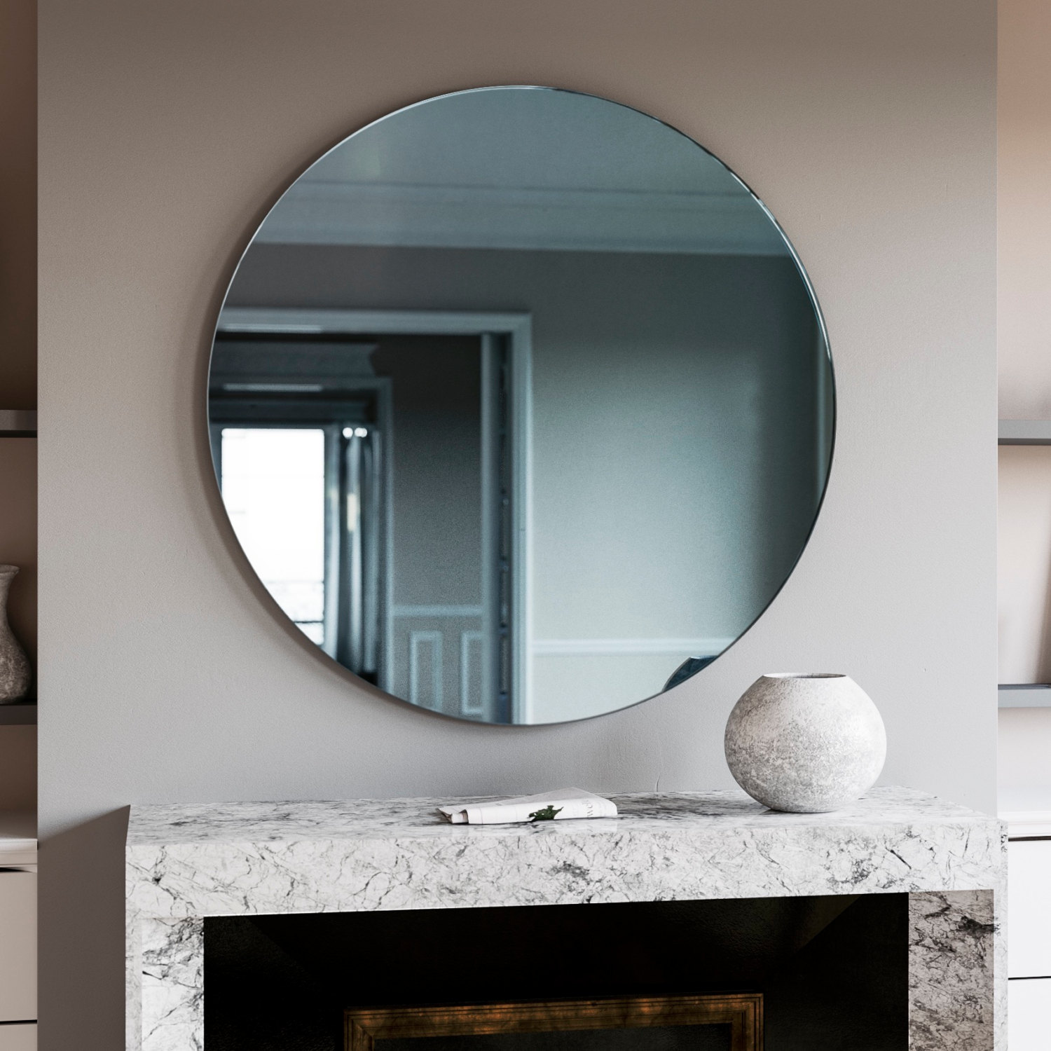 A trendy reflection tinted mirror style for Mirror o mirror