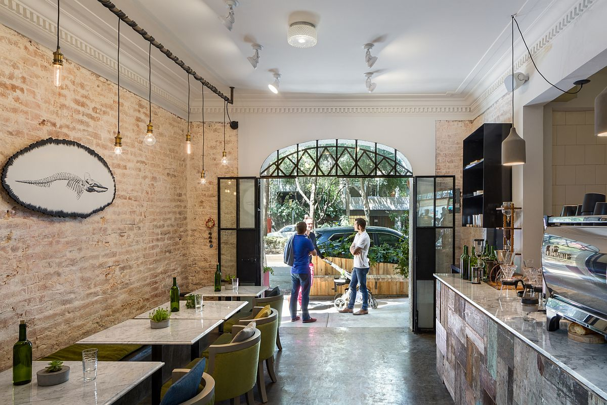 1920s home renovatde into a tasteful and unique restaurant in Mexico City