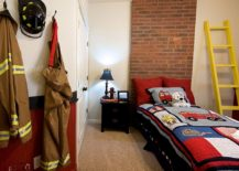 Add-a-cool-theme-to-the-contemporary-bedroom-217x155