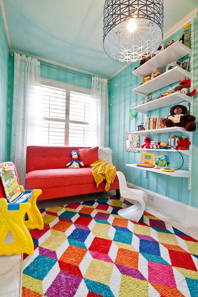 Attractive rug design breaks the visual monotony of the kids' room [Design: Benenate Design]