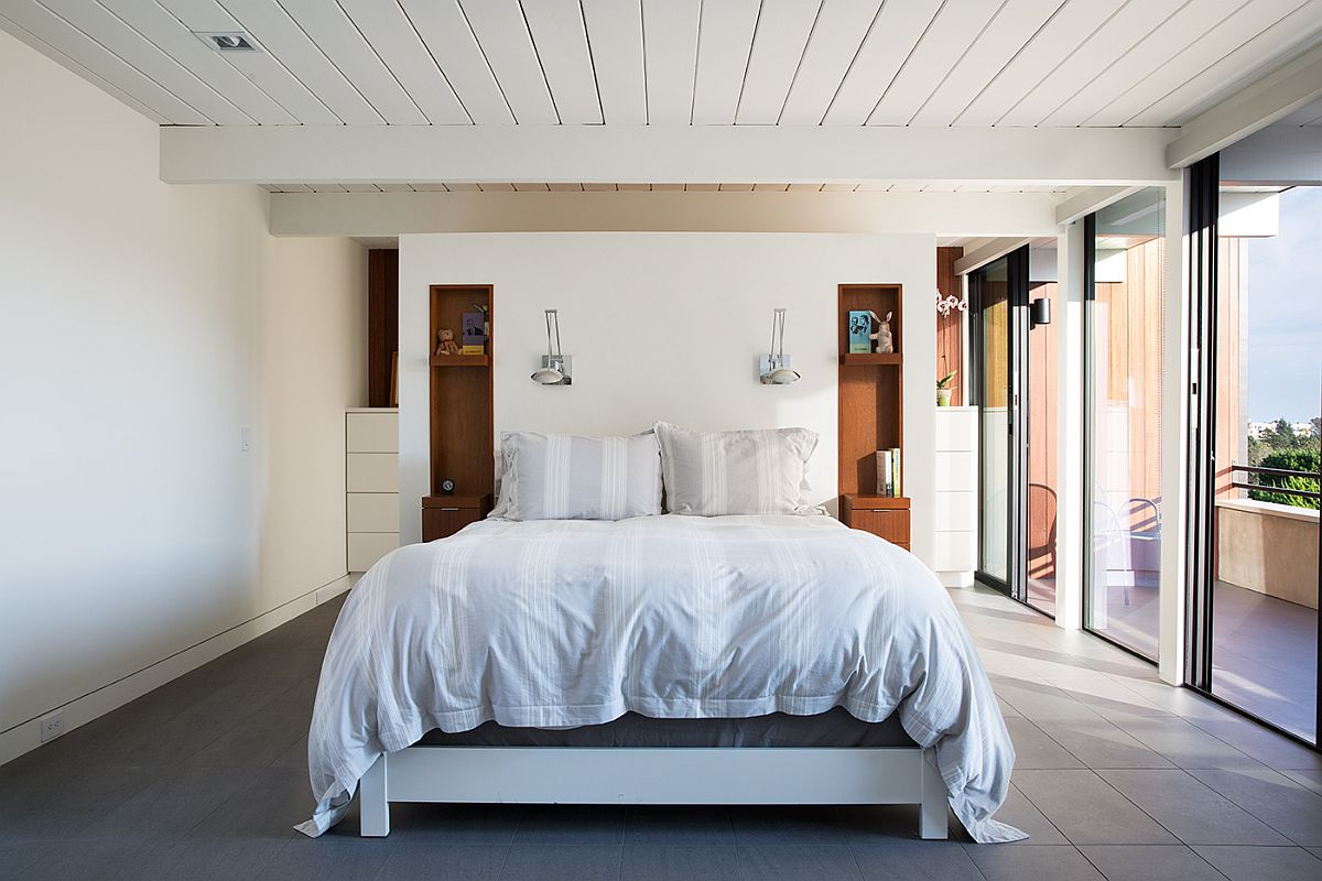 Bedroom in white is simple and minimal