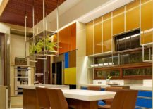 Blocks-of-color-and-an-intricate-ceiling-create-a-fabulous-dining-room-217x155