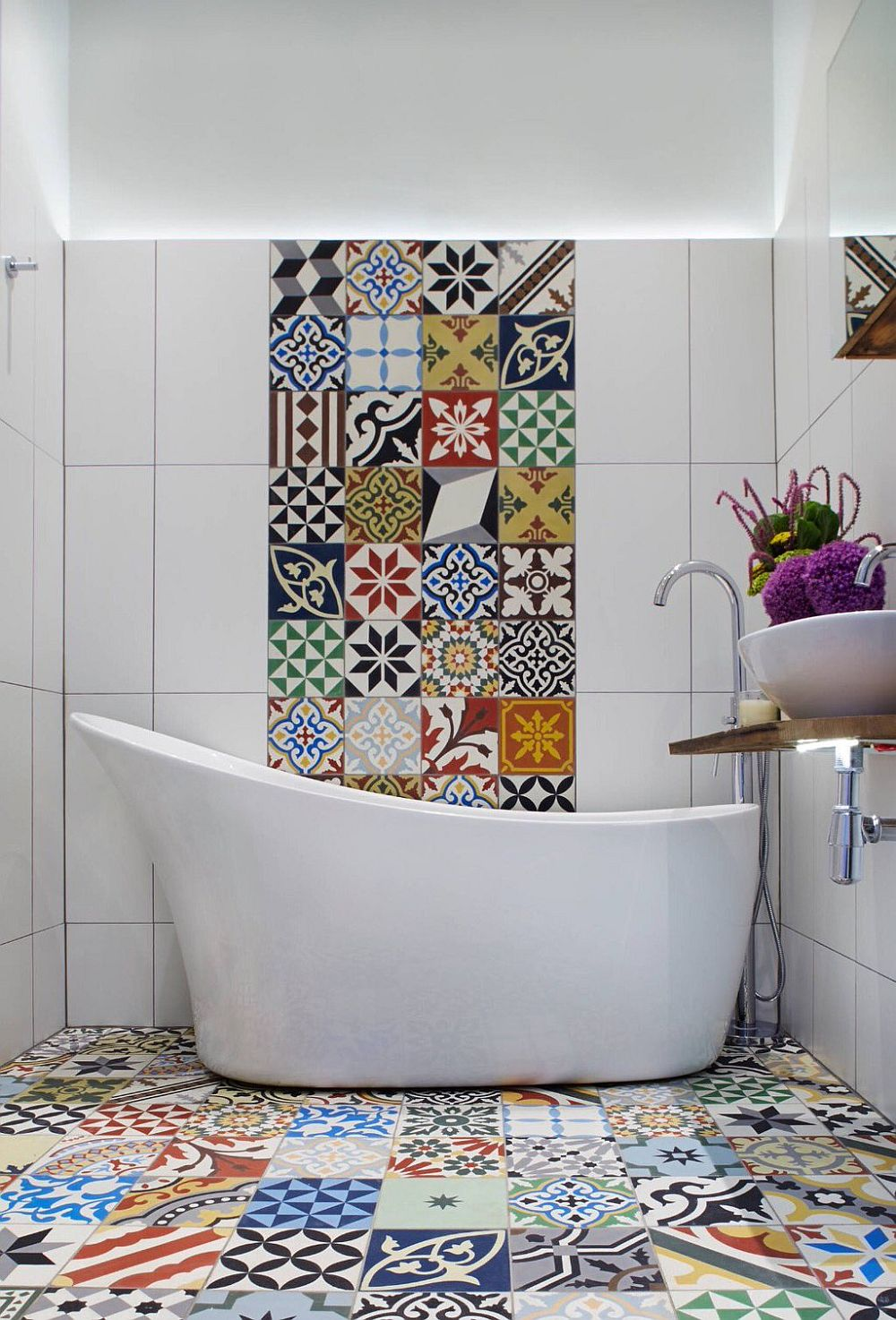 Contemporary Mediterranean bathroom for those who love patchwork tiles [Design: Cassidy Hughes Interior Design & Styling]