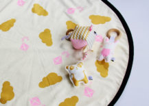 Customized play mat from Etsy shop Babee & Me