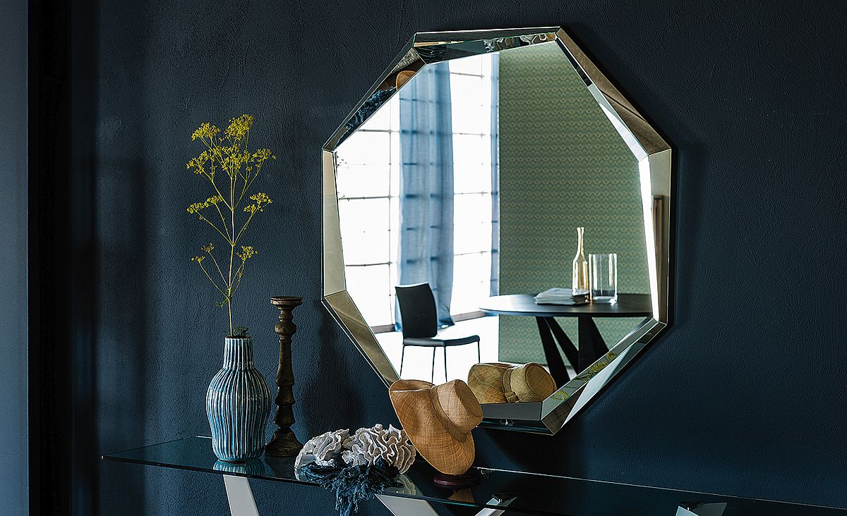 Edges of Emerald style brings geo style to your home A Trendy Silhouette: Novel Mirrors That Usher in Geometric Style