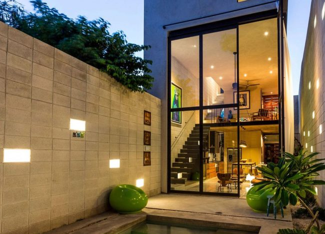 Textural Beauty and Passive Cooling Techniques Shine at Casa Desnuda