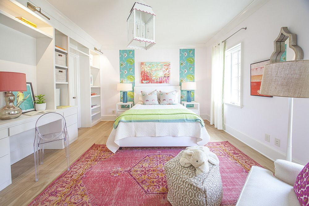 Fashionable rug adds both color and personality to the kids' bedroom with panache [Design: Lucy and Company]