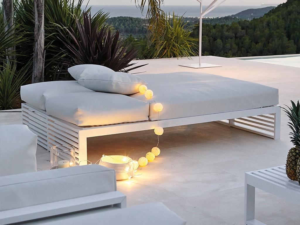 TheDNA Chill Bed designed byJosé A. Gandía-Blasco.