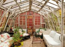 Glass-dome-structure-allows-you-to-enjoy-plenty-of-sunshine-217x155