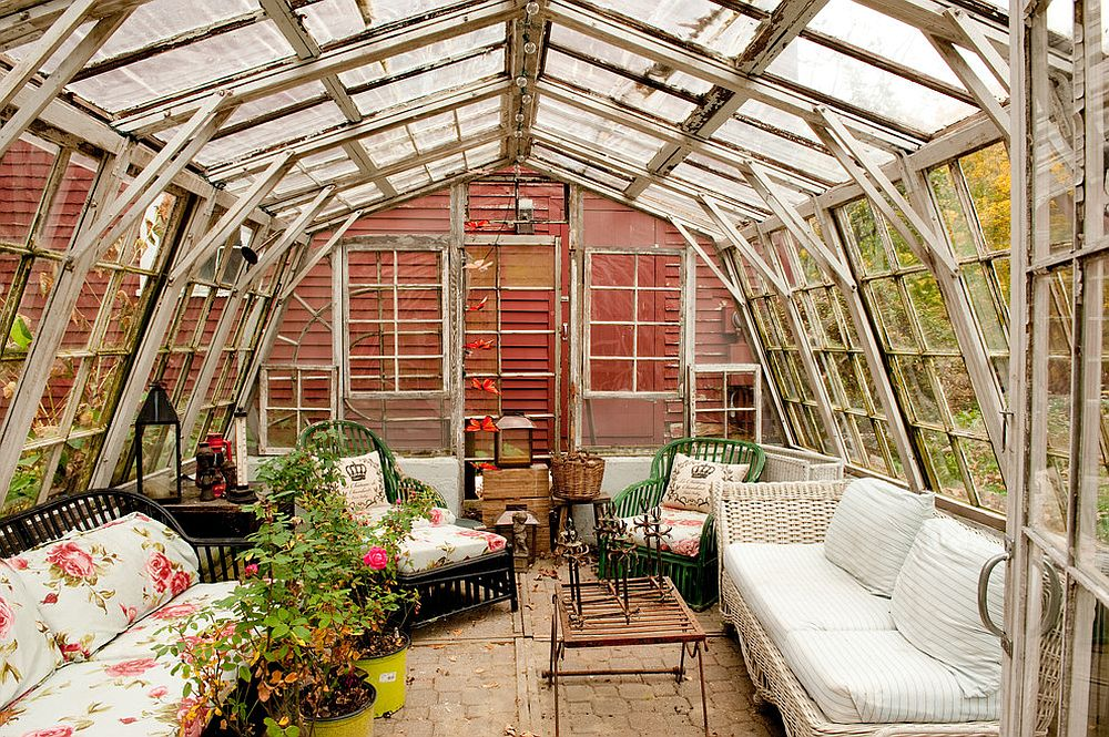 Glass dome structure allows you to enjoy plenty of sunshine