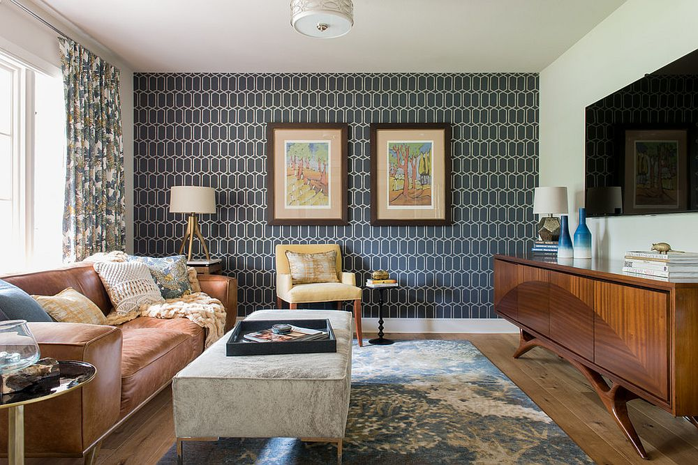 Gorgeous midcentury modern family room with geometric wallpaper [Design: Refined Interiors]