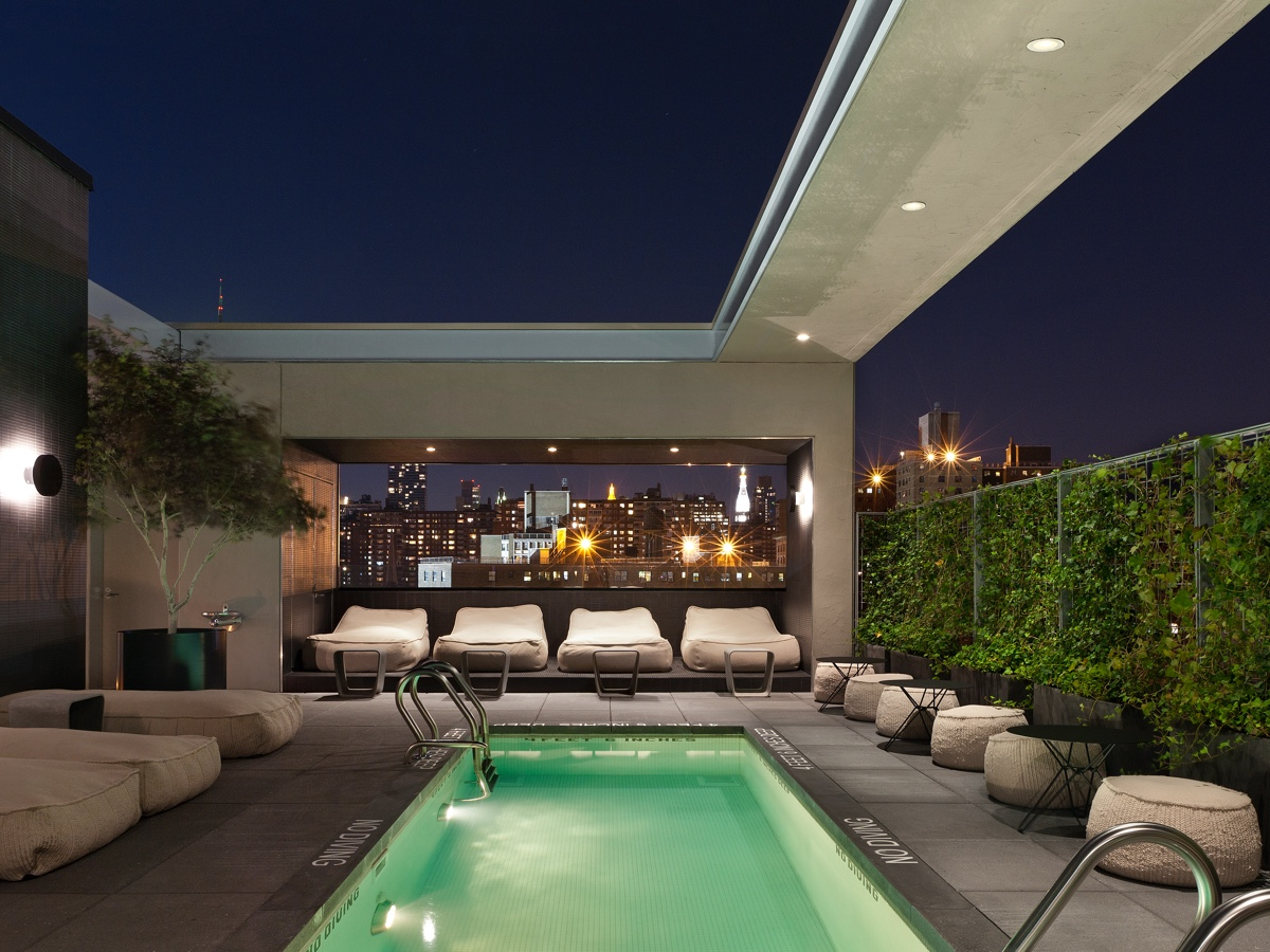 Hôtel Americano rooftop pool. Photo by Alexander Severin.