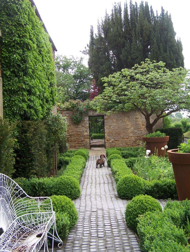 Inviting garden path