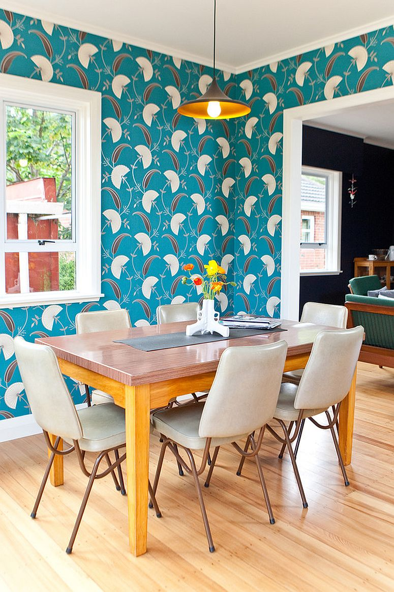 It is the wallpaper that brings retro vibe to this modern dining space [Design: In Haus Design / Photography: Jeff McEwan of Capture Studios]