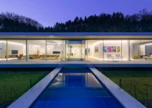 Lighting adds to the beauty and brilliance of the minimal house