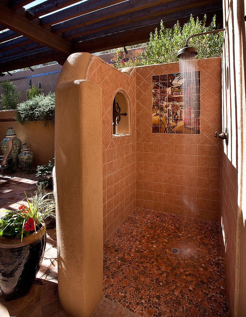 Lovely outdoor shower carries with it an air of Mediterranean allure [Design: Sonoran Classic Builders]