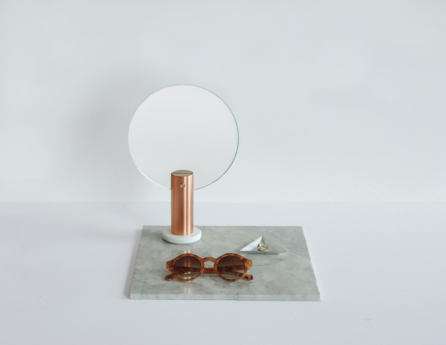 Maru hand mirror from Ladies & Gentlemen Studio