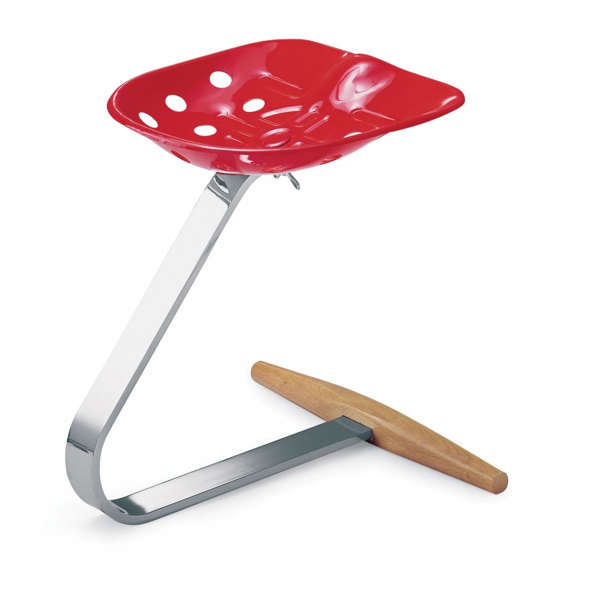 Mezzadro stool is also known fondly as the Tractor stool.