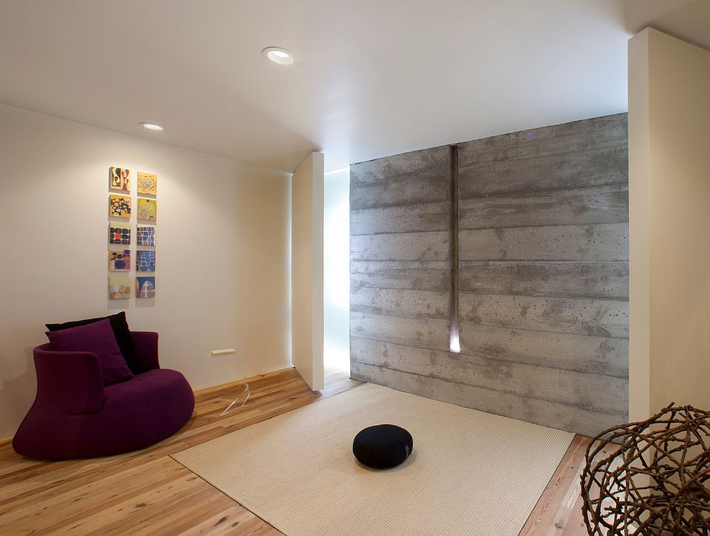 Minimal Meditation room keeps with custom design [Design: Siol]