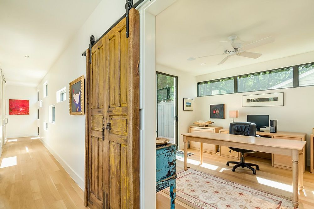 20 home offices with sliding barn doors for Modern barn doors for a unique home