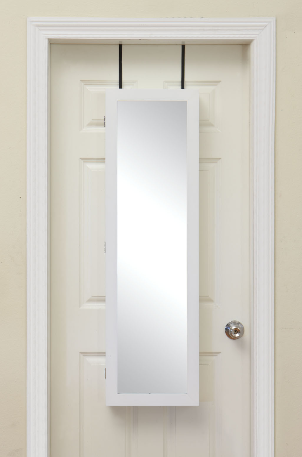 Bring Home Functional Style with an Over-the-Door Mirror
