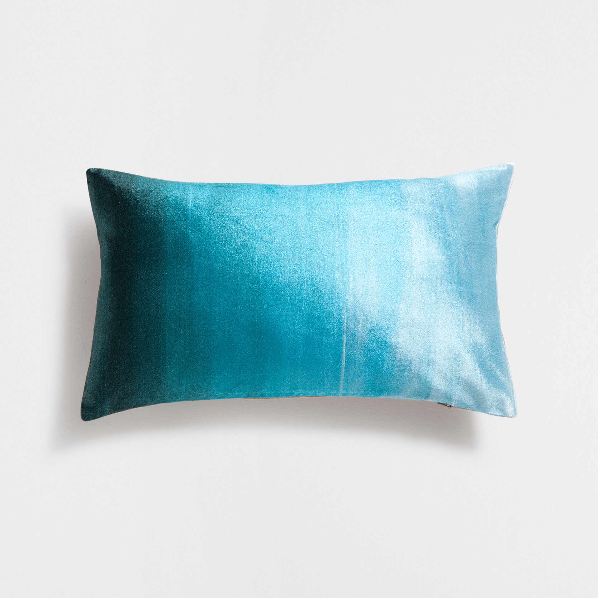 Refreshing blue cushion cover from Zara Home