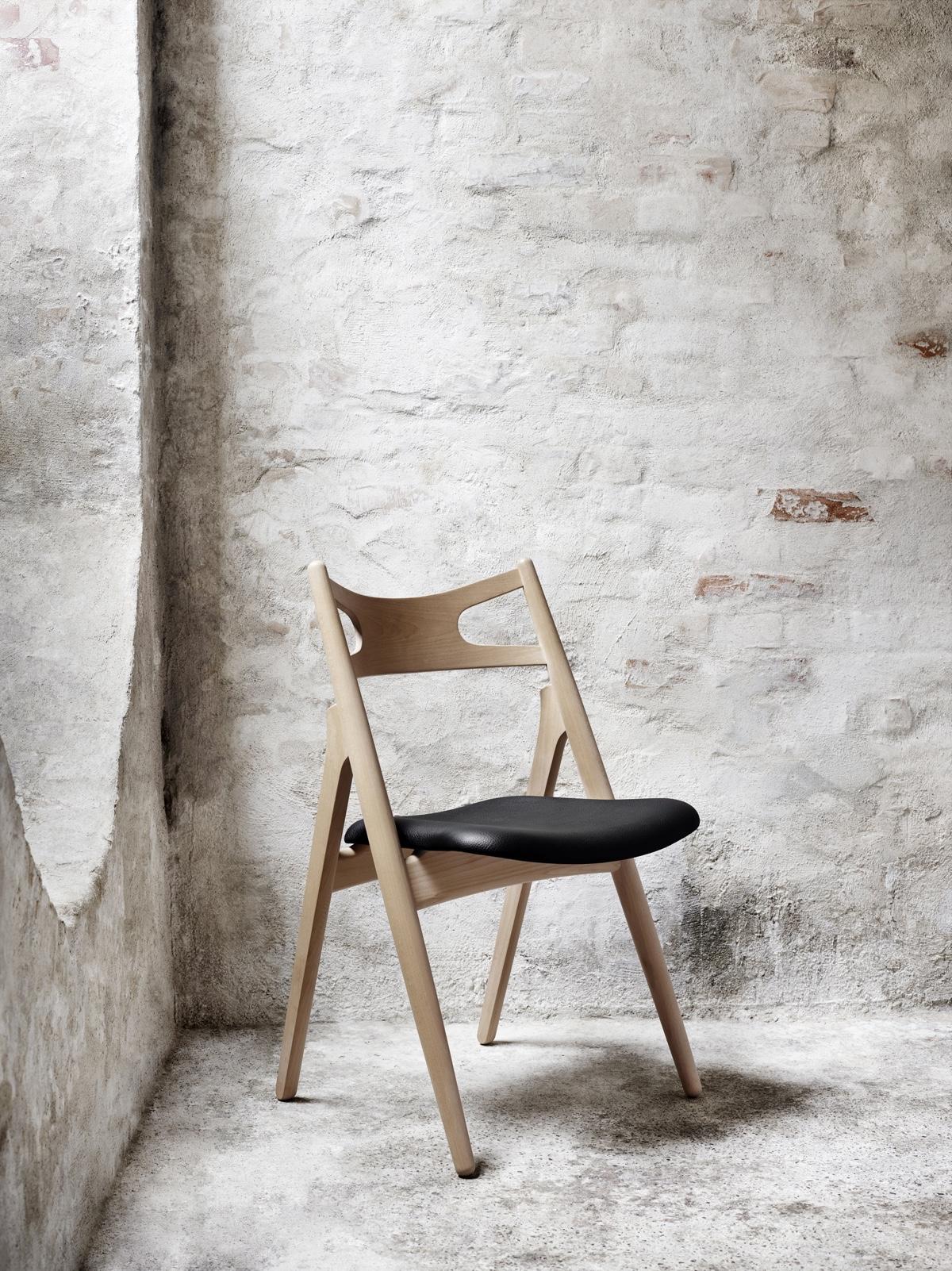 CH29 Sawbuck Chair designed in 1952 by Hans J. Wegner.