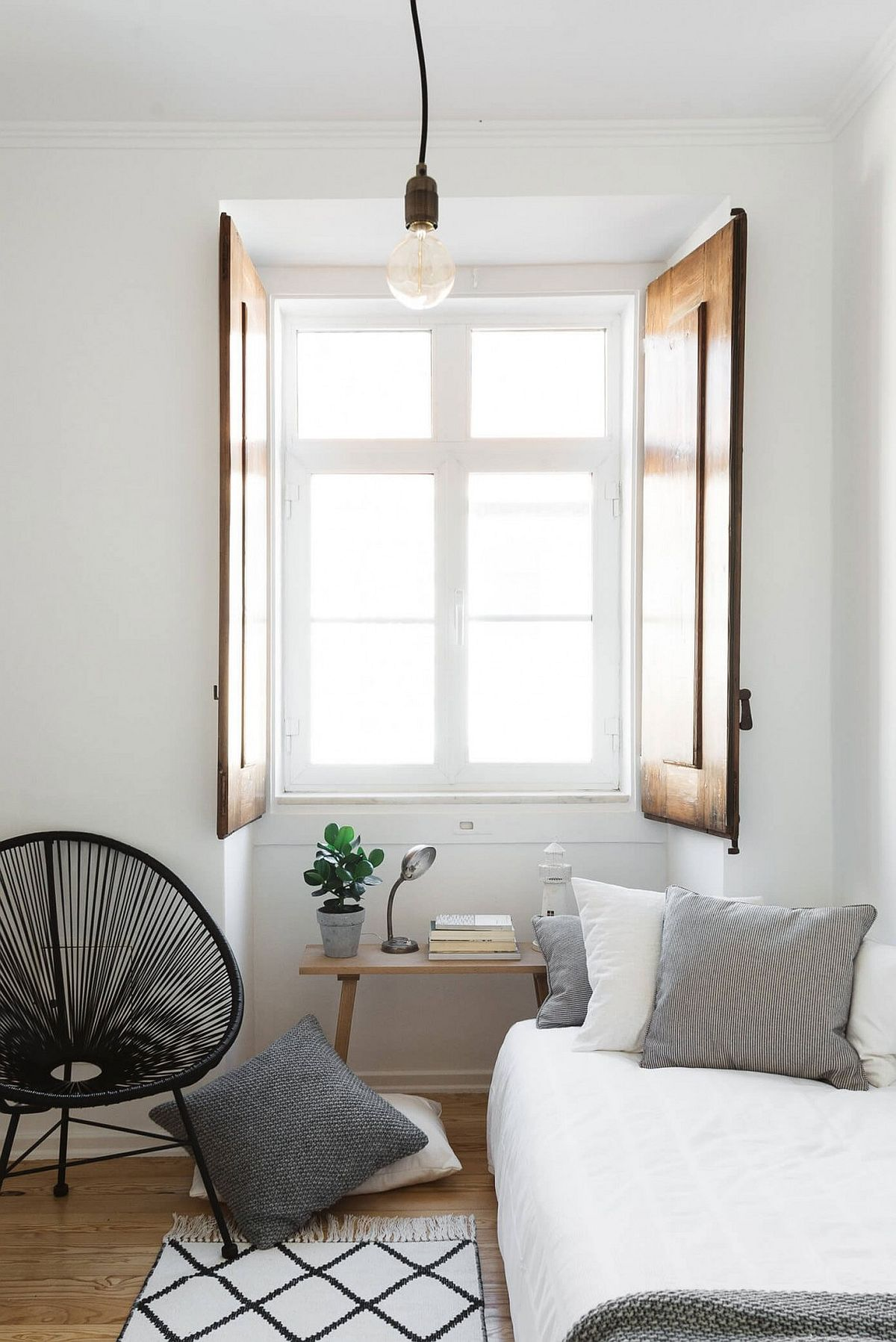 Serenely Scandinavian: Light-Filled Renovation of Lisbon ...