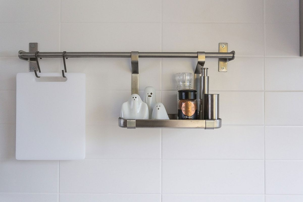 Smart kitchen shelving idea that saves up on space