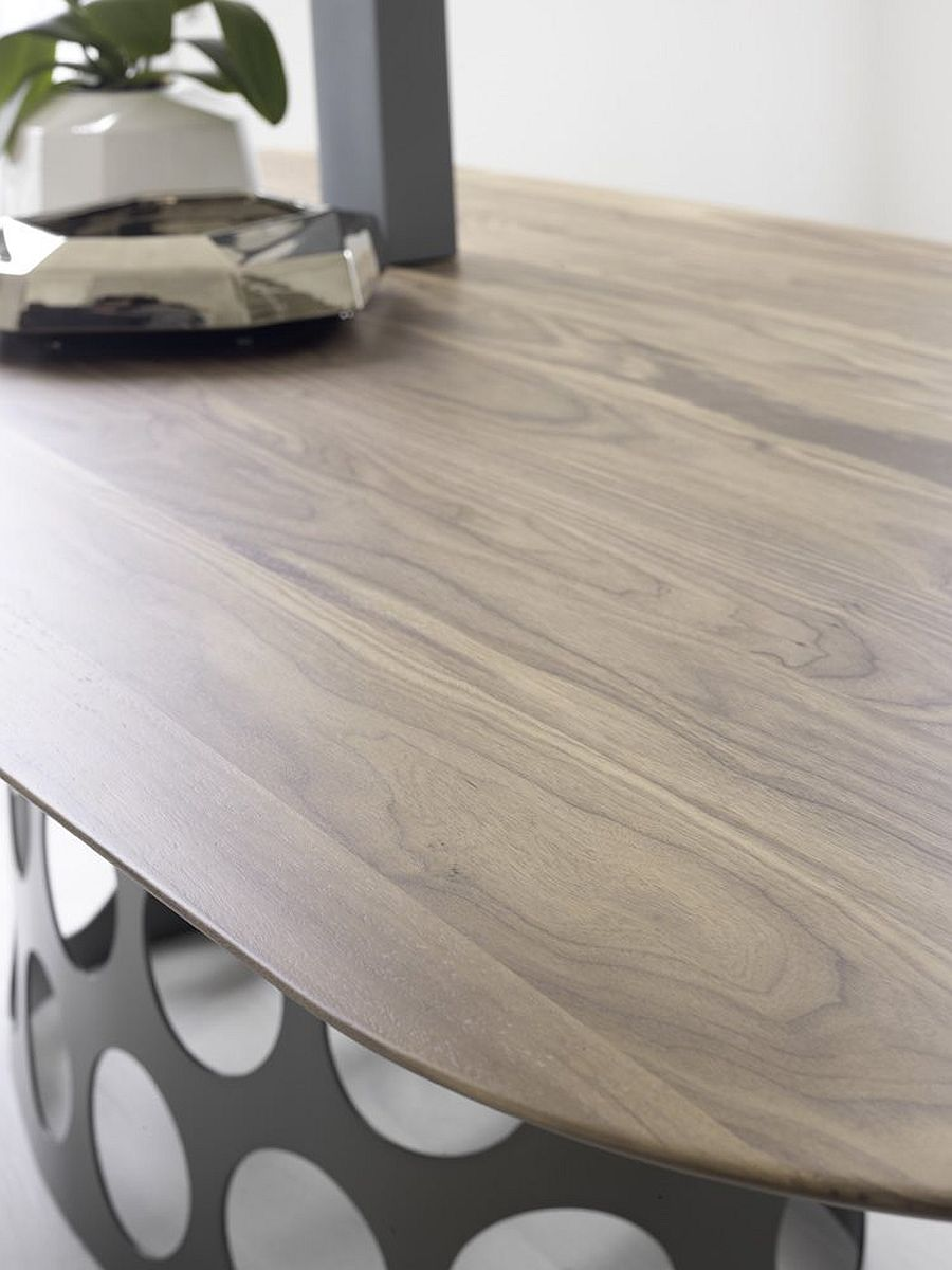 Stylish Jean table with canaletta walnut top