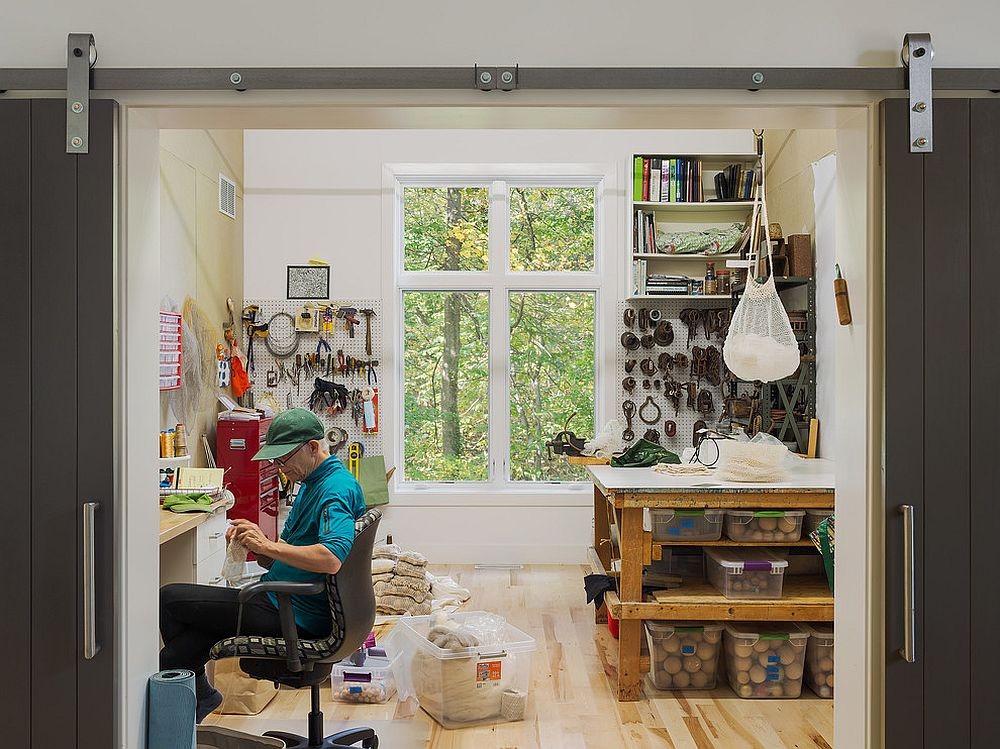 There is plenty to do inside this home workspace [Design: C2 Architecture]