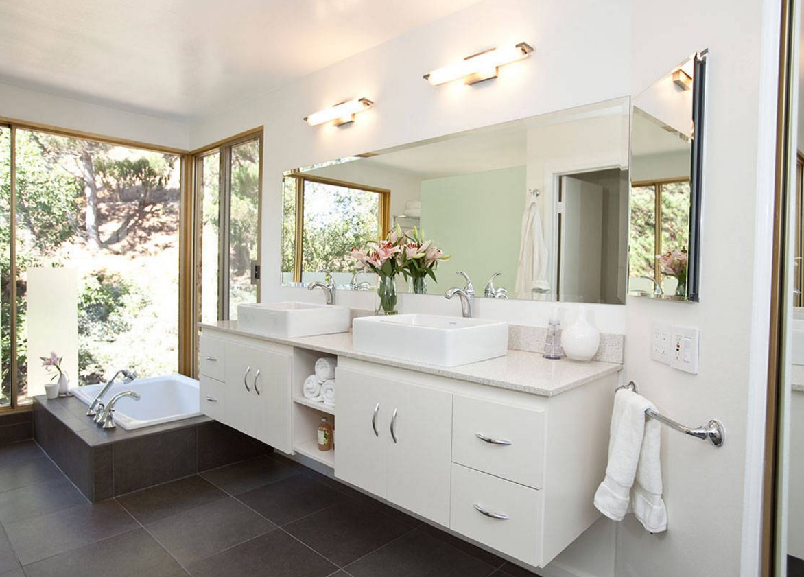Tidy powder room