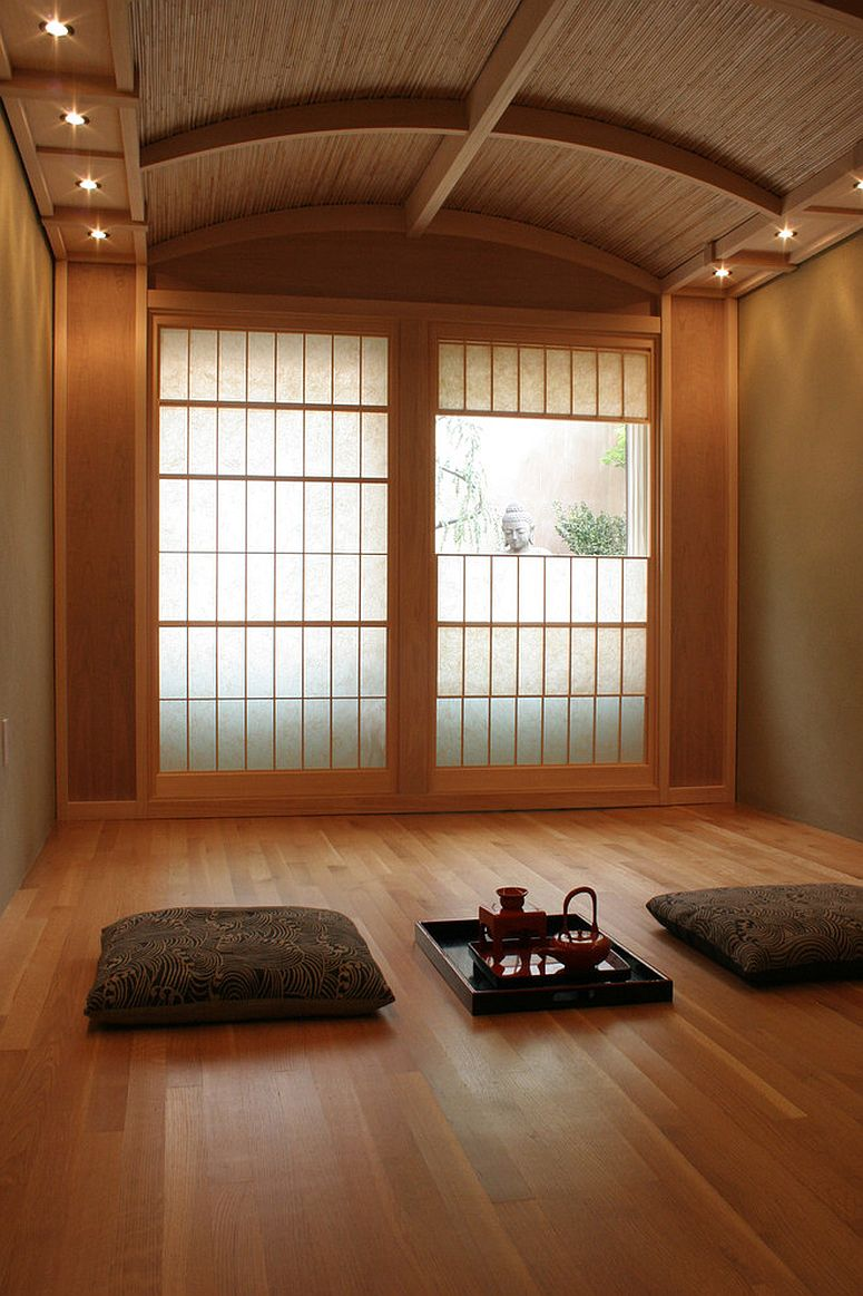 Traditional Japanese tea room also serves as a tranquil meditation room