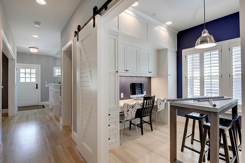 ... Traditional Crafts Room And Home Office Rolled Into One [Design: Great  Neighborhood Homes /