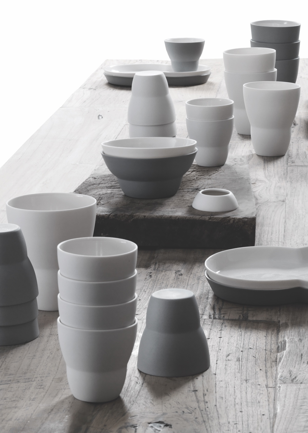 Vipp's ceramic collection was developed in collaboration with Danish ceramicist Annemette Kissow.