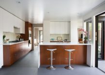 White-and-mahogany-palette-of-the-remodeled-Eichler-home-in-California-217x155