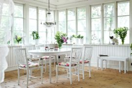 Shabby Chic Sunrooms: A Relaxing and Radiant Escape