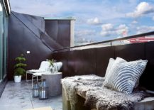 Black-balcony-railing-offers-plenty-of-visual-contrast-217x155