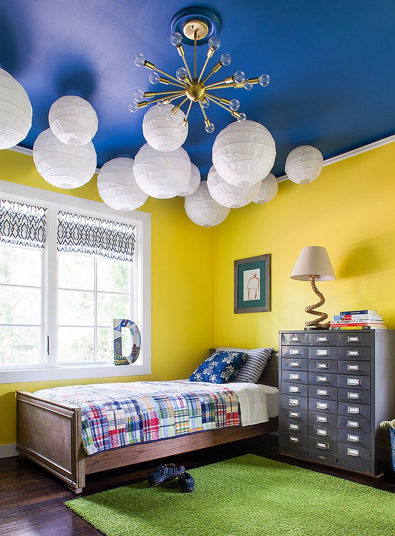 Blue ceiling in the kids' bedroom is a showstopper [Design: Beth Kooby Design]