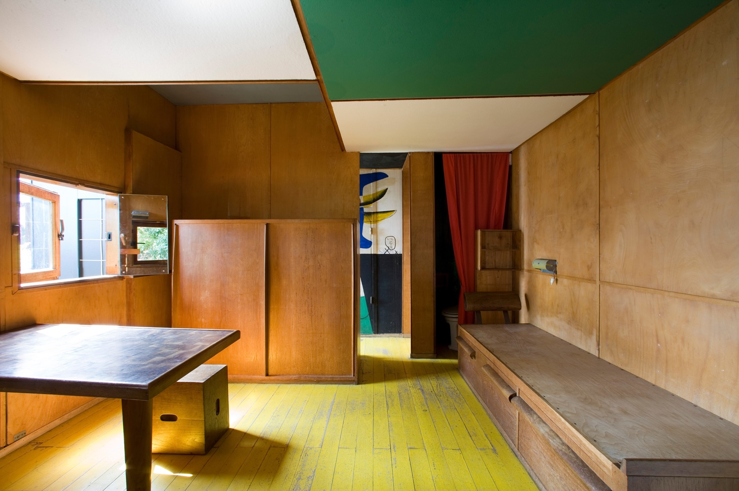 Interior at Cabanon de Le Corbusier. Photo by Oliver Martin-Gambier © FLC/ADAGP.