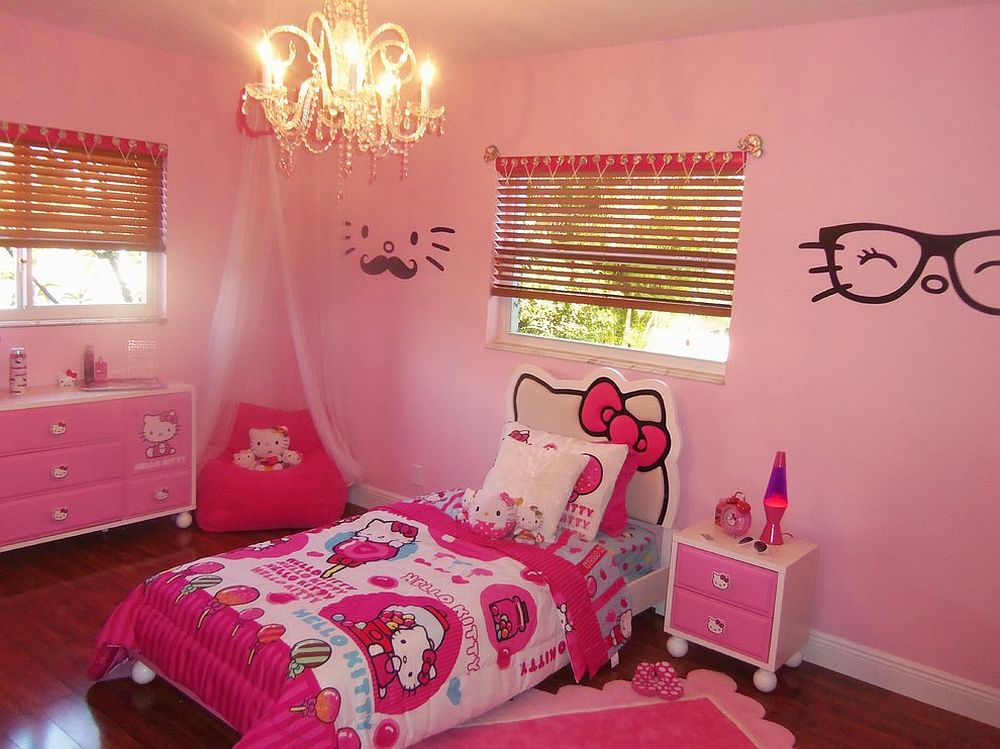 15 hello kitty bedrooms that delight and wow for Girls bedroom wallpaper ideas