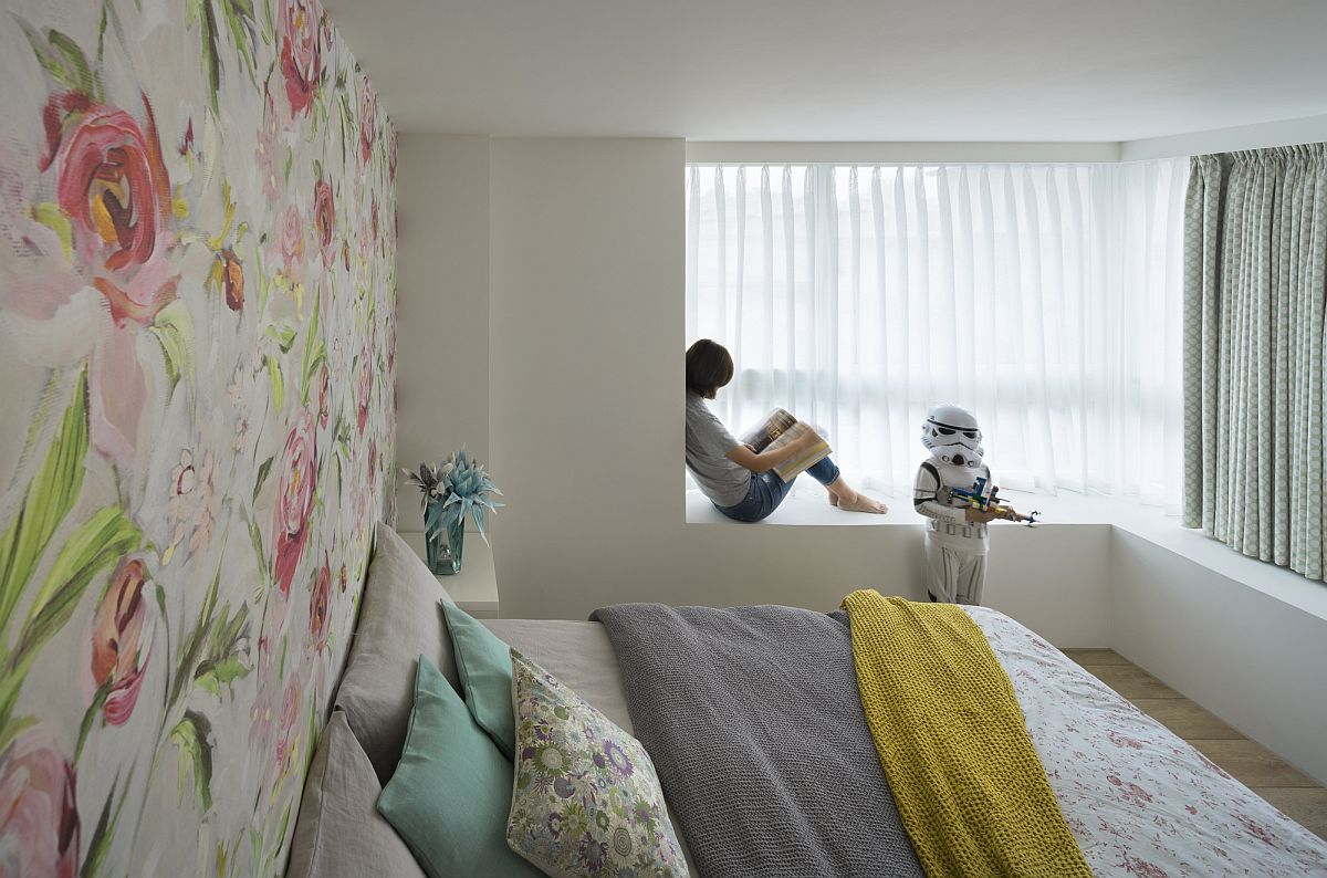 Children's room carries with it the Star Wars theme