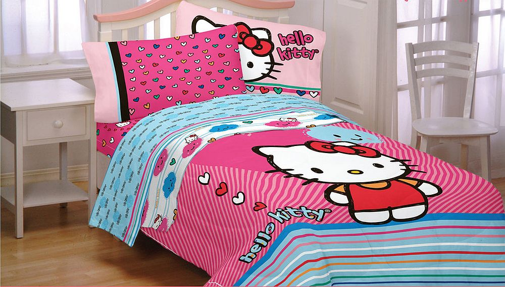 Colorful Hello Kitty bedding transforms the ambiance of the bedroom [From: oBedding]