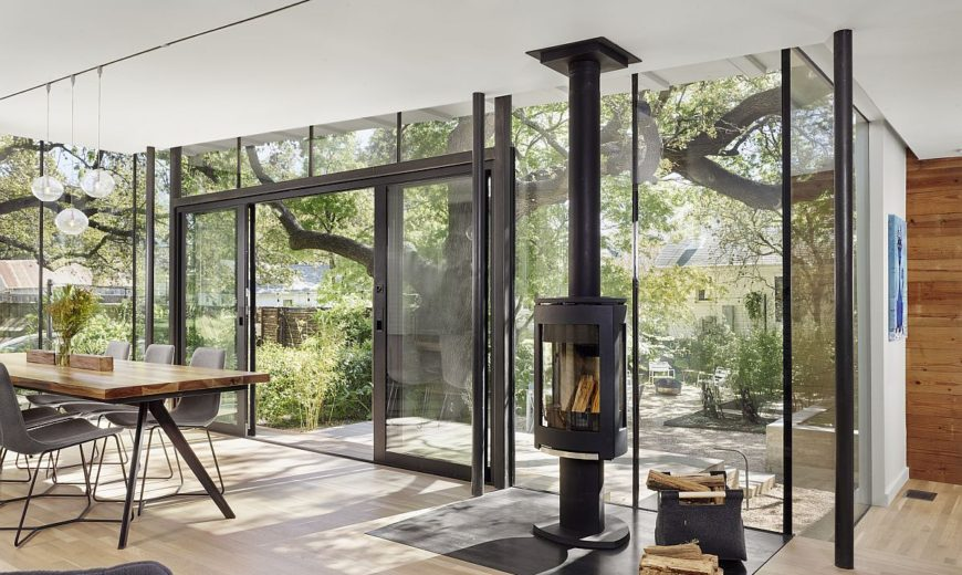 This Texas Cottage Makes Breezy Outdoor Living Its Priority