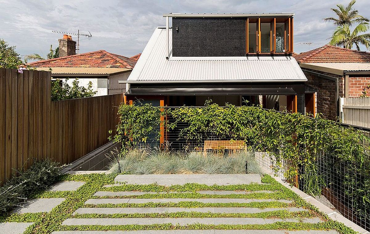 Budget family home in sydney uses reclaimed bricks Bricks sydney