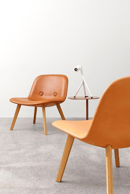EJ3 Eyes Lounge by Foersom & Hiort-Lorenzen for Erik Joergensen.Leather: Elegance in walnut.