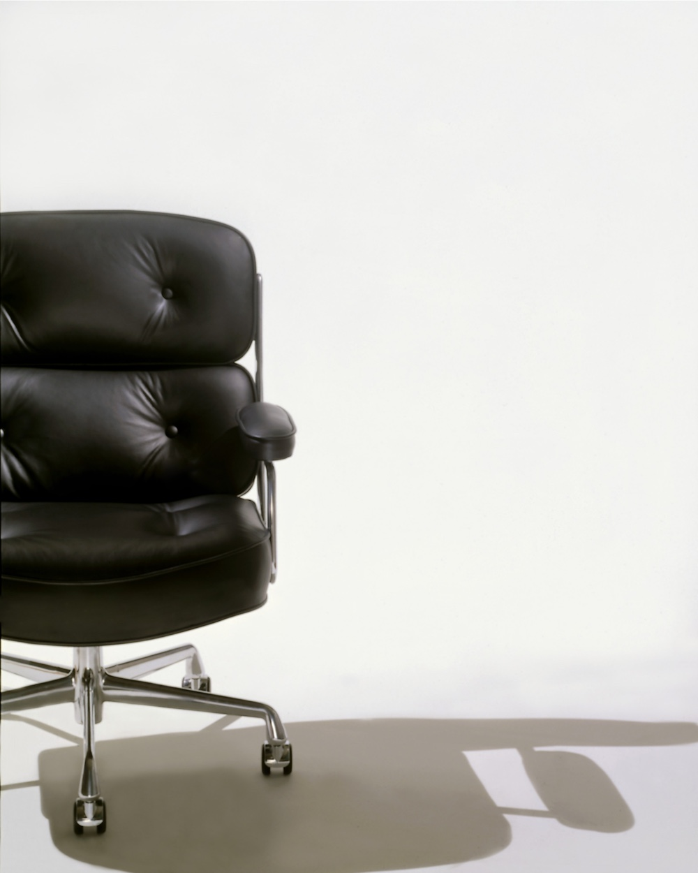 Eames Executive Chair in black leather