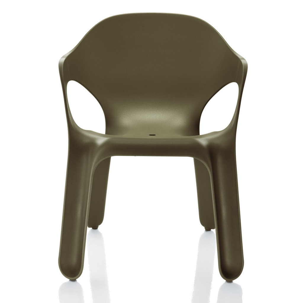 Easy Chair in olive green. Image © Magis Spa.