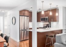 Fabulous kitchen with spart pendant lighting and modern appliances