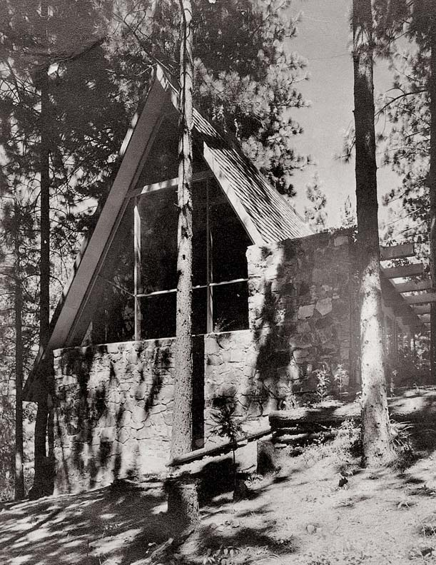 "Rudolph Schindler's 1934 Gisela Bennati House is one of the first publicly known ""all-roof"" vacation homes in the USA. Photo: R.M. Schindler Collection, Architecture and Art Collection, University of California-Santa Barbara/Princeton Architectural Press via Old House Online."